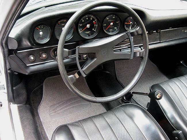 1969 911 Interior
